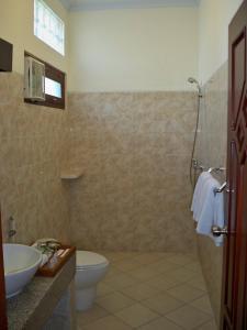 Banyualit Spa 'n Resort Lovina, Resort  Lovina - big - 110