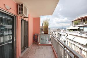 Joyful Turquoise Apt in Athens Historic Centre, Apartmány  Atény - big - 31
