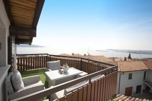 Attico di lusso vista lago - AbcAlberghi.com