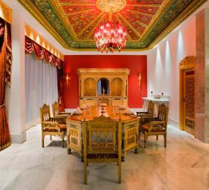 Raffles Dubai, Hotely  Dubaj - big - 84