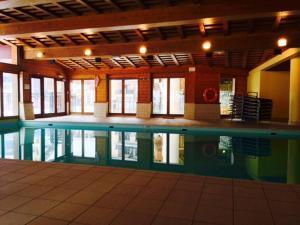 Premium Ski-in Ski-Out Apartment Arc 1950 - Hotel