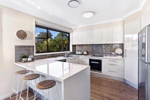 Hidden Luxury on the water! - House & Cottage, Apartmanok  Soldiers Point - big - 9