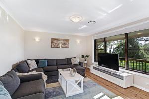 Hidden Luxury on the water! - House & Cottage, Apartmanok  Soldiers Point - big - 11