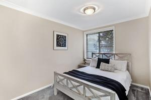 Hidden Luxury on the water! - House & Cottage, Apartmanok  Soldiers Point - big - 10