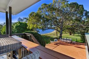 Hidden Luxury on the water! - House & Cottage, Apartmanok  Soldiers Point - big - 3