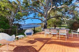 Hidden Luxury on the water! - House & Cottage, Apartmanok  Soldiers Point - big - 18