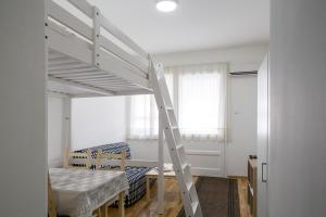 Apartment in the city center, Apartments  Belgrade - big - 23