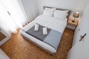 Petralona Cosy Penthouse, Apartmanok  Athén - big - 23