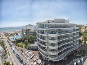 Hotel Le Palme - Premier Resort, Отели  Морской Милан - big - 84