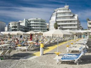 Hotel Le Palme - Premier Resort, Szállodák  Milano Marittima - big - 79
