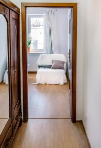 Warsaw Concierge Saxon Apartment