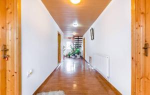 Pensiunea Gaby, Guest houses  Dîmbovicioara - big - 10