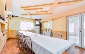 Pensiunea Gaby, Guest houses  Dîmbovicioara - big - 3