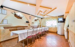 Pensiunea Gaby, Guest houses  Dîmbovicioara - big - 58