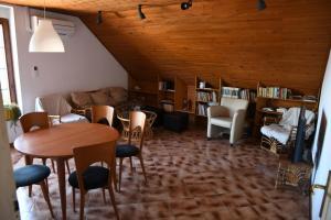 Spacious Apartmet, Center location