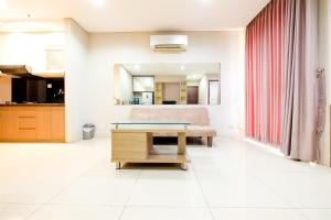 Modern 2 BR Apartment @ Best Western Residence By Travelio