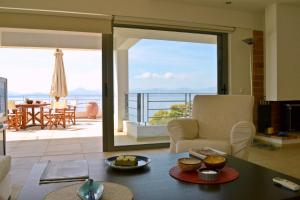 Luxury Beach house viewing at the Corinthian Gulf