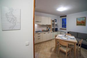 Apartament Dadaj