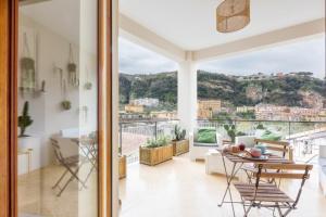 Mediterranean Suites - Old Town - AbcAlberghi.com
