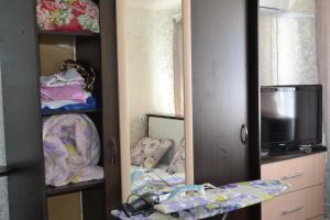 Apartment on Lenina 353, Ferienwohnungen  Wolschki - big - 54