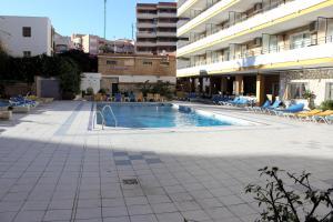Apartamentos Buensol, Apartmanok  Torremolinos - big - 20