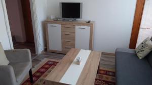 Apartment Amra, Apartmány  Tuzla - big - 17