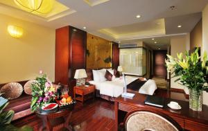 Golden Silk Boutique Hotel, Hotel  Hanoi - big - 59