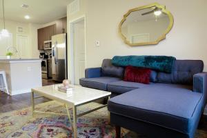 Dormigo Eastside Apartment 4, Apartments  Austin - big - 44