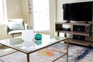 Dormigo Eastside Apartment 7, Appartamenti  Austin - big - 44