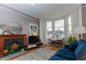 Spacious Stylish 2BR Flat For 4 in Leith Walk