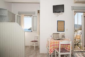 Captain Manos Studio Apartments, Apartmány  Grikos - big - 7