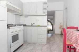 Captain Manos Studio Apartments, Apartmány  Grikos - big - 19