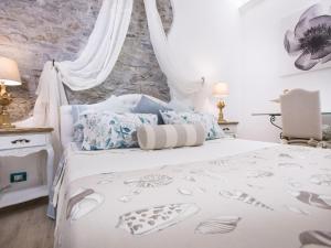 Antica Ancora rooms - AbcAlberghi.com