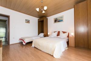 Brslog apartment, Apartmanok  Brela - big - 56