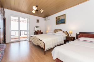 Brslog apartment, Apartmanok  Brela - big - 49