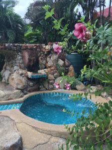 Shanti Lodge Phuket, Affittacamere  Chalong  - big - 1