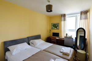 Bray Guest Rooms
