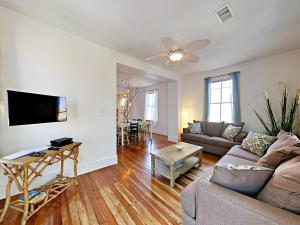 1309 Ave N Home - Galveston