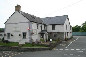 Flambards Hotel & Tearoom - Llechryd