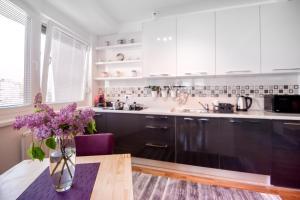 InTown Apartment Tuzla, Apartmány  Tuzla - big - 17