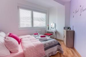 InTown Apartment Tuzla, Apartmány  Tuzla - big - 14