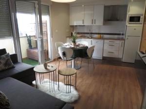 Piso céntrico con terraza en Aguilar de Campoo - Apartment - Aguilar de Campóo