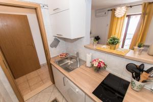 Apartments BRSLAV, Apartmanok  Brela - big - 63