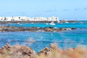 Casita Burgao, Ferienwohnungen  Punta de Mujeres - big - 17