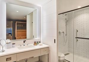 Canopy By Hilton Washington DC Bethesda North, Hotels  North Bethesda - big - 3