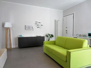 New & modern apartment on the sea - AbcAlberghi.com