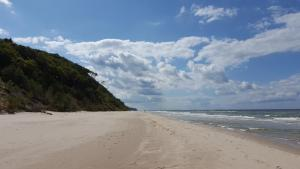 Wiselka Holiday House-1,2km to the beach; 5 bedrooms, 3 bahrooms; fire place. Private sauna!