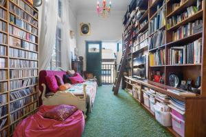 Nola - Beyond a Room Private Apartments - Prahran
