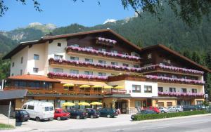 Alpenhotel Edelweiss - Hotel - Maurach am Achensee