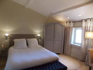 Hostellerie Le Roy Soleil, Hotels  Ménerbes - big - 56
